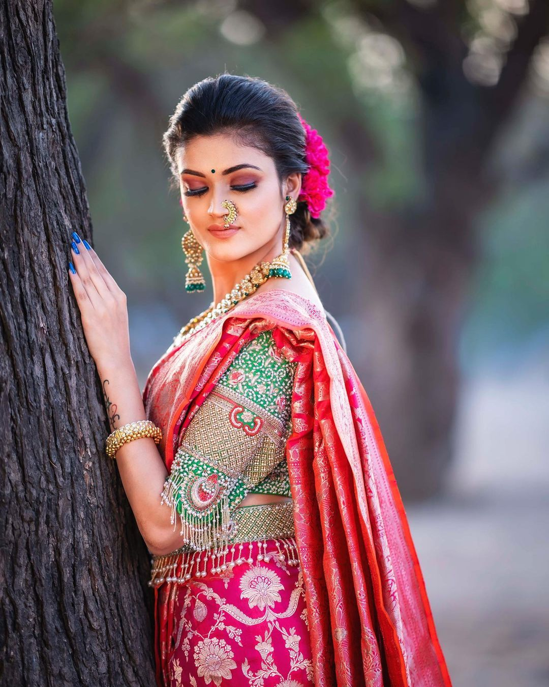 Gajara Nath Nauvari Saree Marathi Wedding Look Makeup