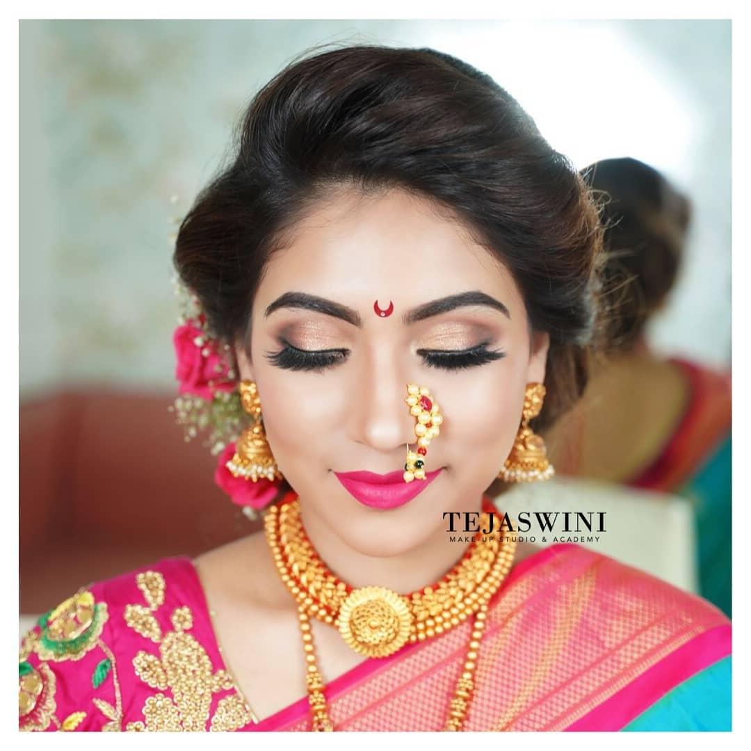 Marathi Bridal Beauty With Nath Paithani Flower Hairstyle Pune Mumbai