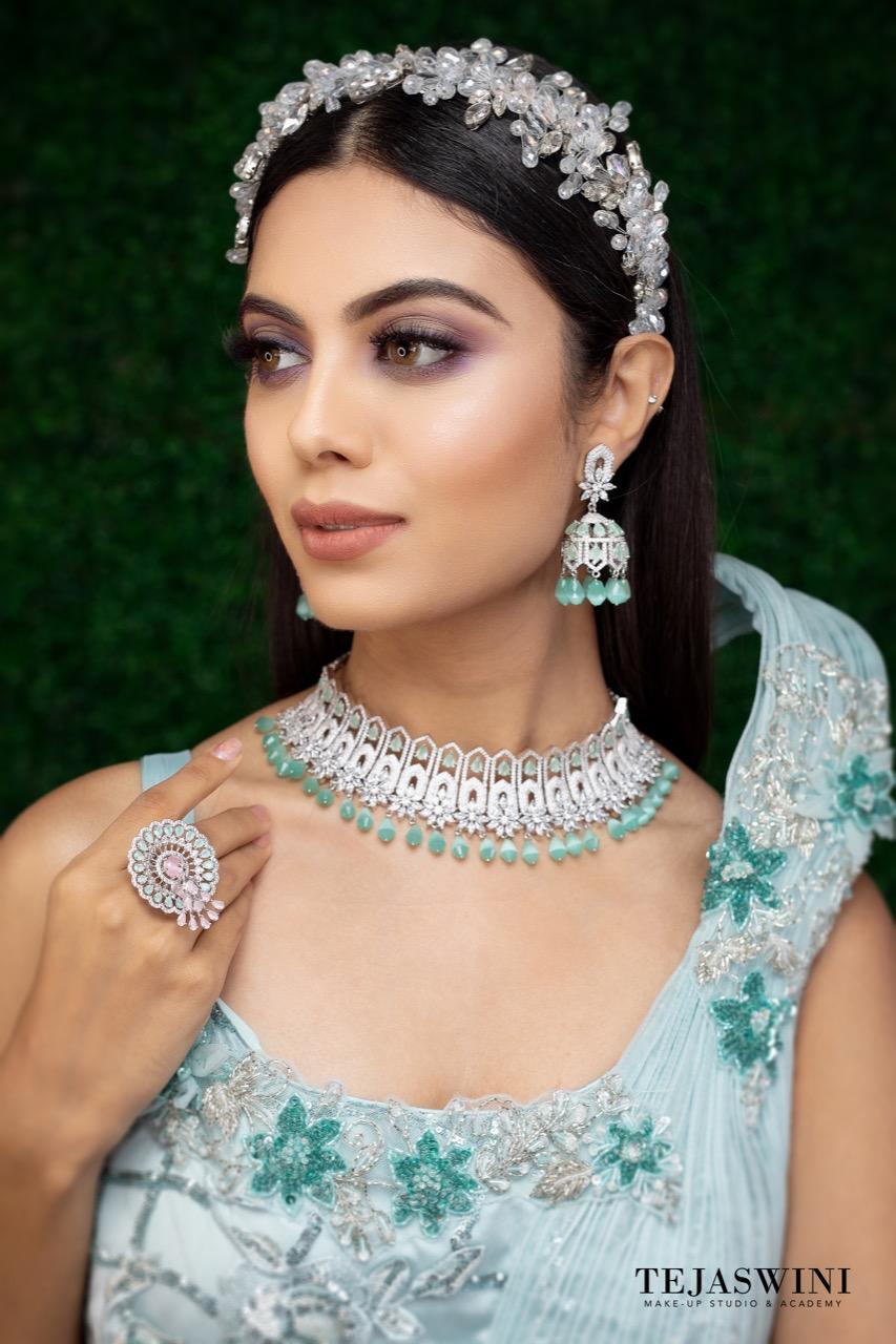 Pune Reception Engagement Makeup By Tejaswini Pune